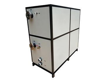 冷水机如何更换润滑油?