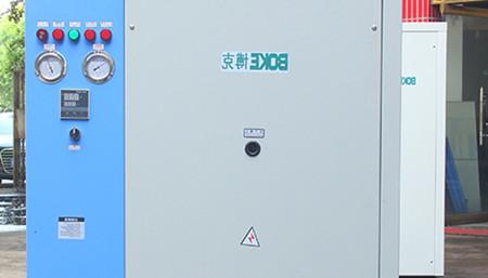 哪个厂家生产的工业冷水机使用寿命长?