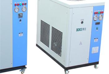 高品质的工业冷水机也离不开工作人员的保养
