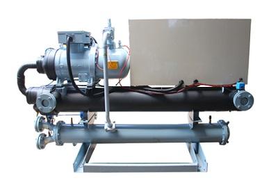 螺杆式低温冷水机的清洗方法和安装注意事项